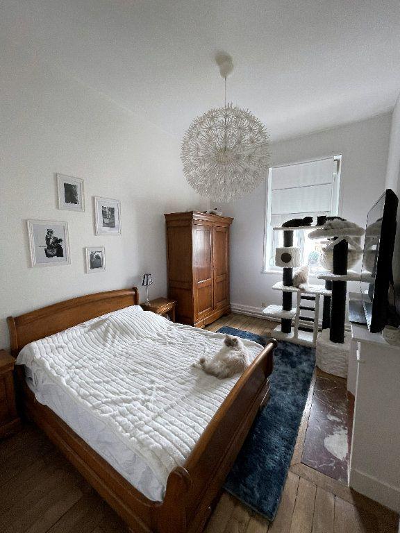 Appartement à vendre 4 115m2 à Charleville-Mézières vignette-5