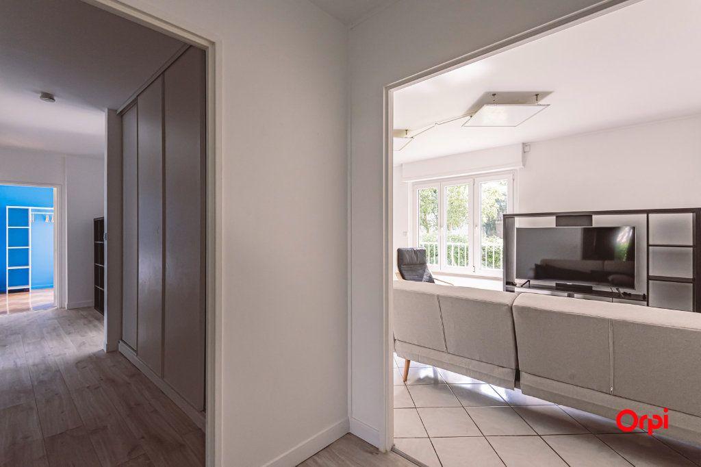 Appartement à louer 4 76.48m2 à Reims vignette-5