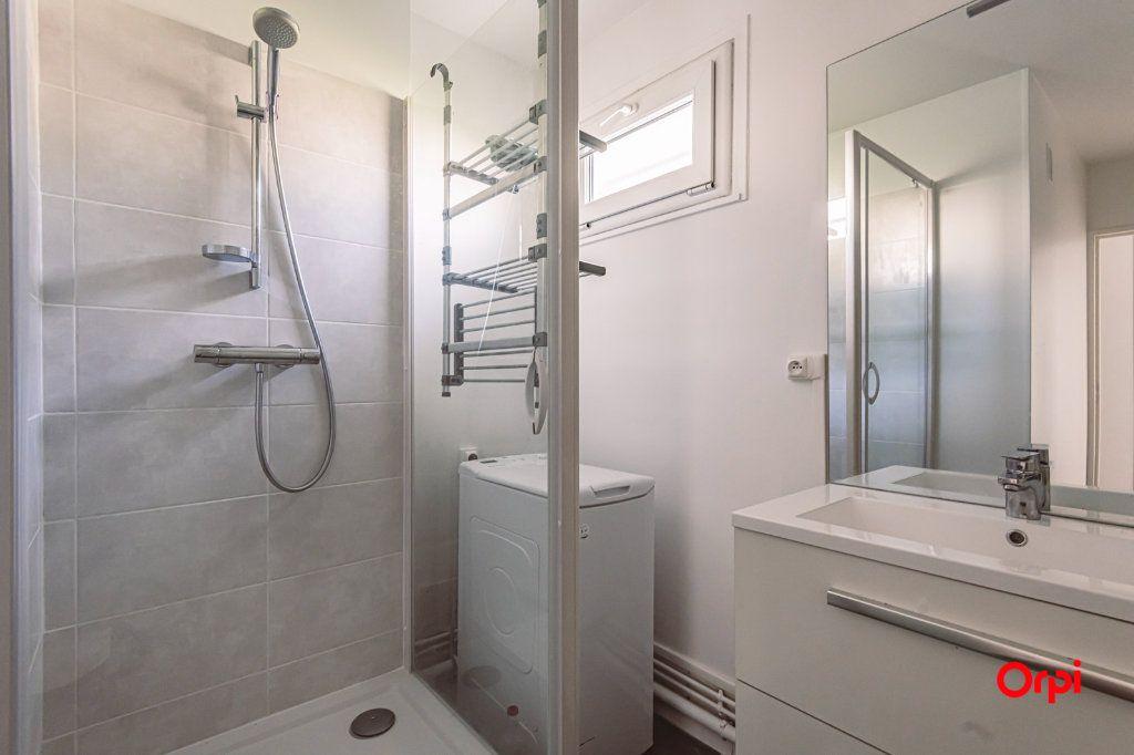 Appartement à louer 4 76.48m2 à Reims vignette-8