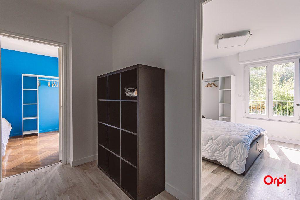 Appartement à louer 4 76.48m2 à Reims vignette-9