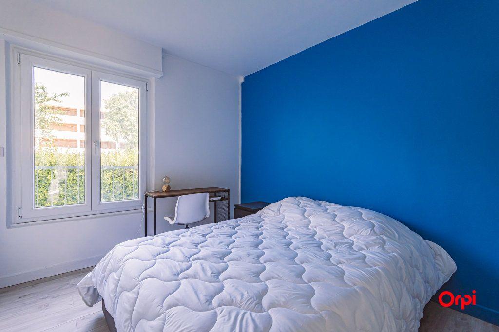 Appartement à louer 4 76.48m2 à Reims vignette-10