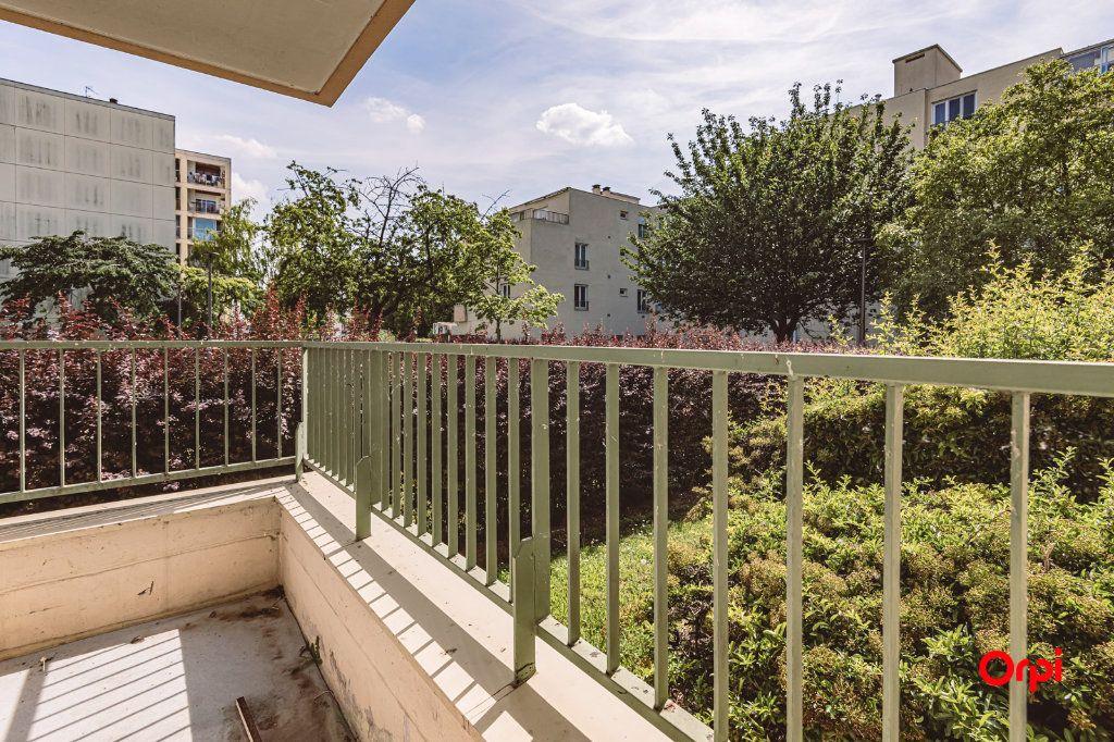 Appartement à louer 4 76.48m2 à Reims vignette-12