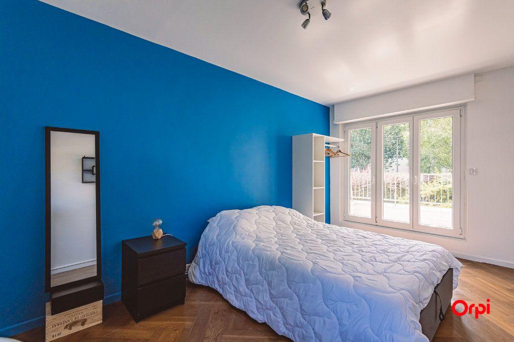 Appartement à louer 4 76.48m2 à Reims vignette-13