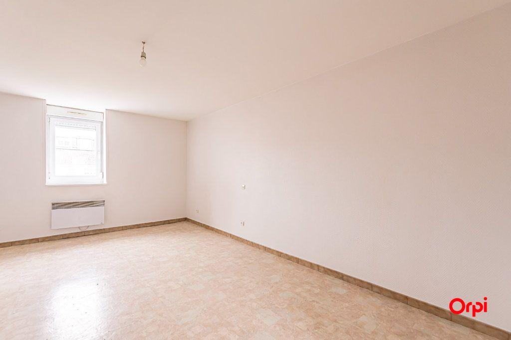Appartement à louer 1 25.3m2 à Reims vignette-3