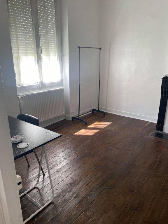 Appartement à louer 1 26.1m2 à Reims vignette-4