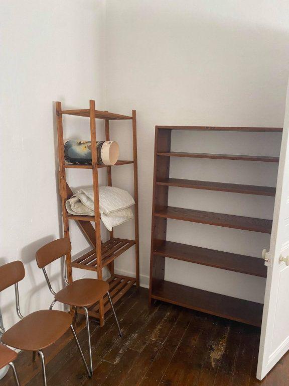 Appartement à louer 1 26.1m2 à Reims vignette-6
