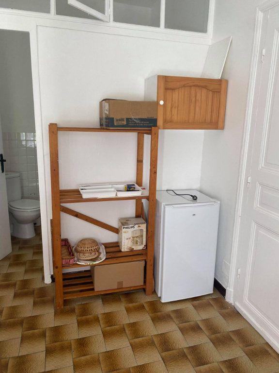 Appartement à louer 1 26.1m2 à Reims vignette-7