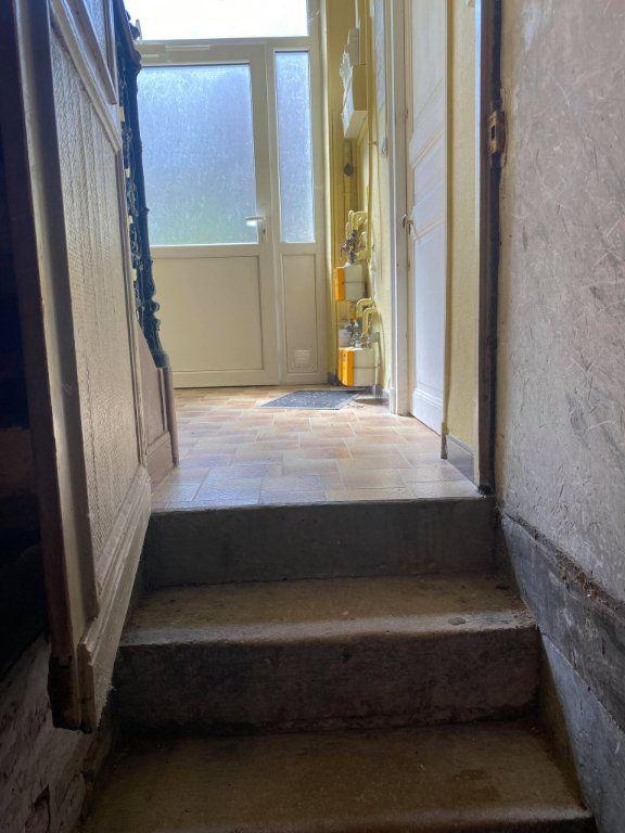 Appartement à louer 1 26.1m2 à Reims vignette-11