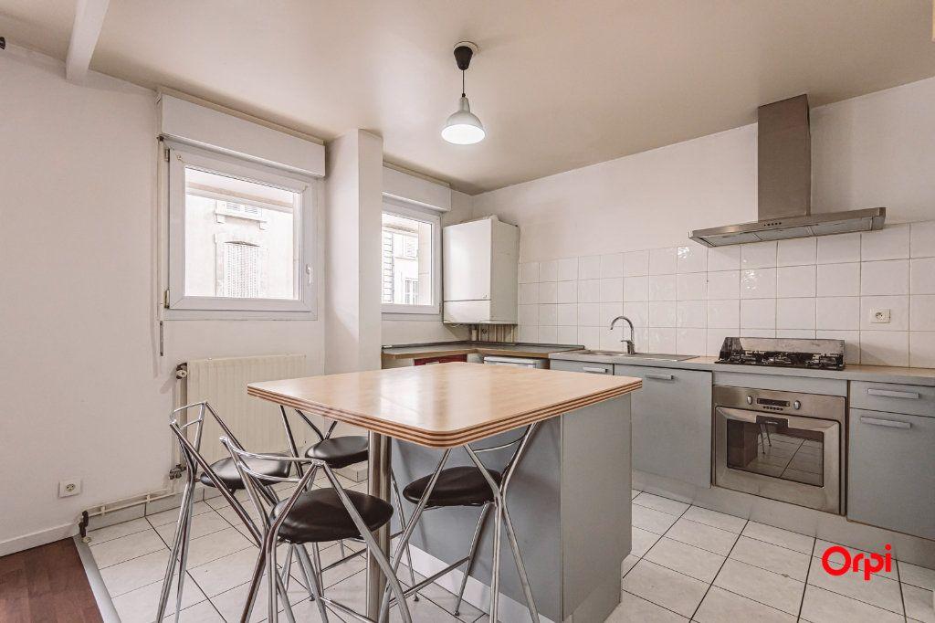 Appartement à louer 3 74.88m2 à Reims vignette-4
