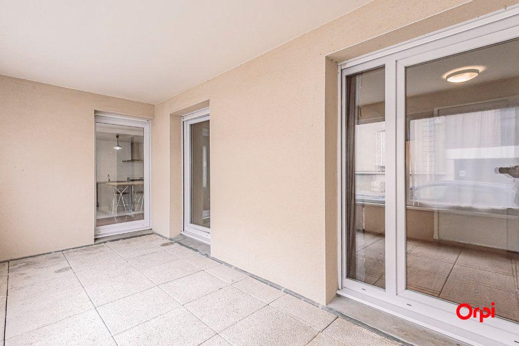 Appartement à louer 3 74.88m2 à Reims vignette-13