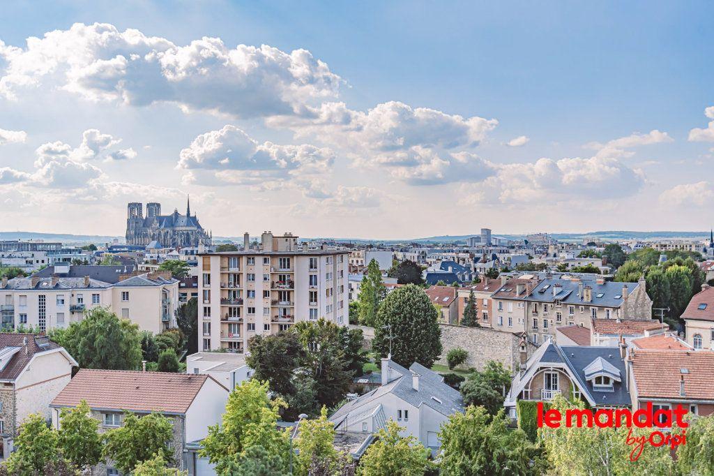 Appartement à louer 3 57.66m2 à Reims vignette-6