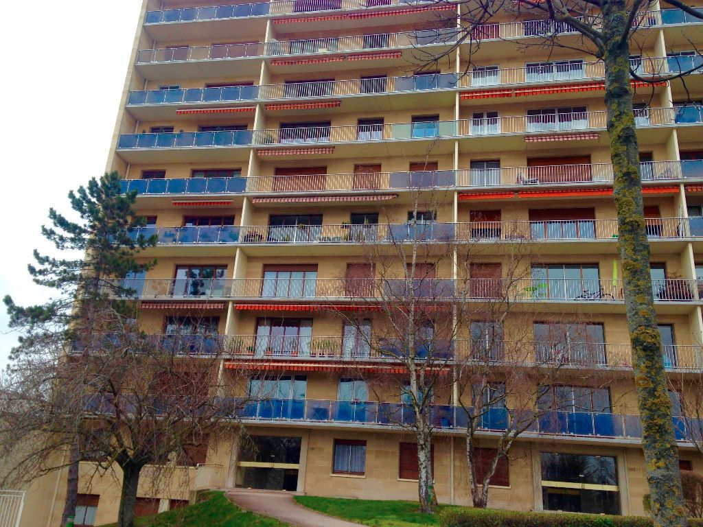 Appartement à louer 3 85m2 à Reims vignette-3