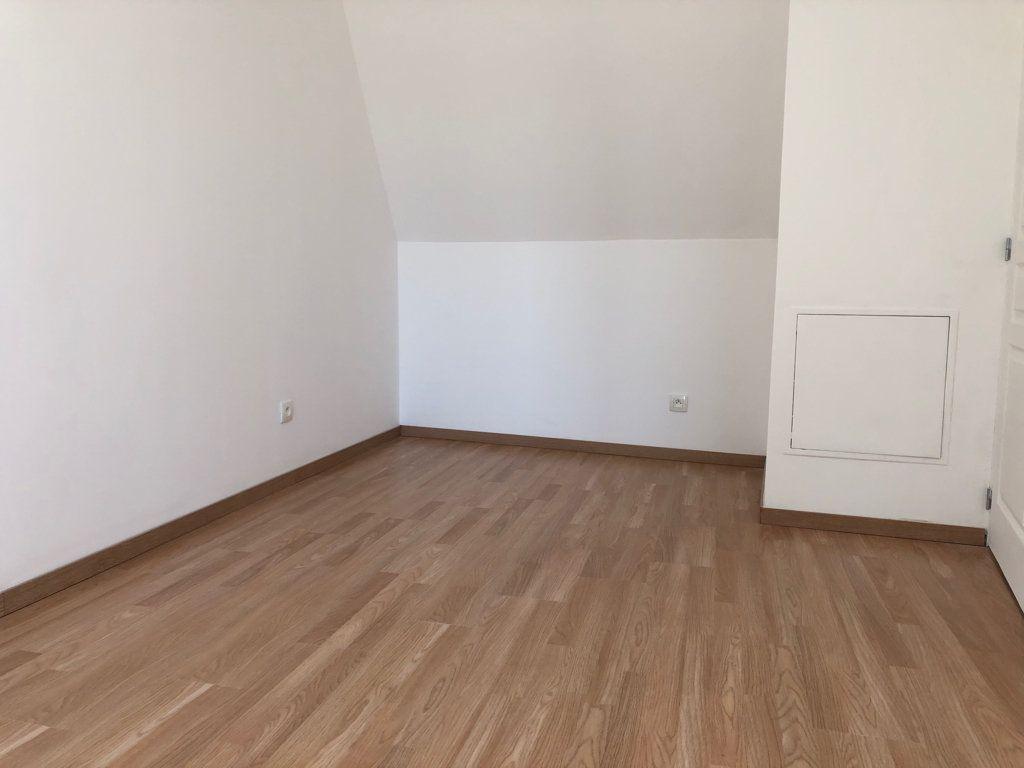 Maison à louer 4 61m2 à Laon vignette-3