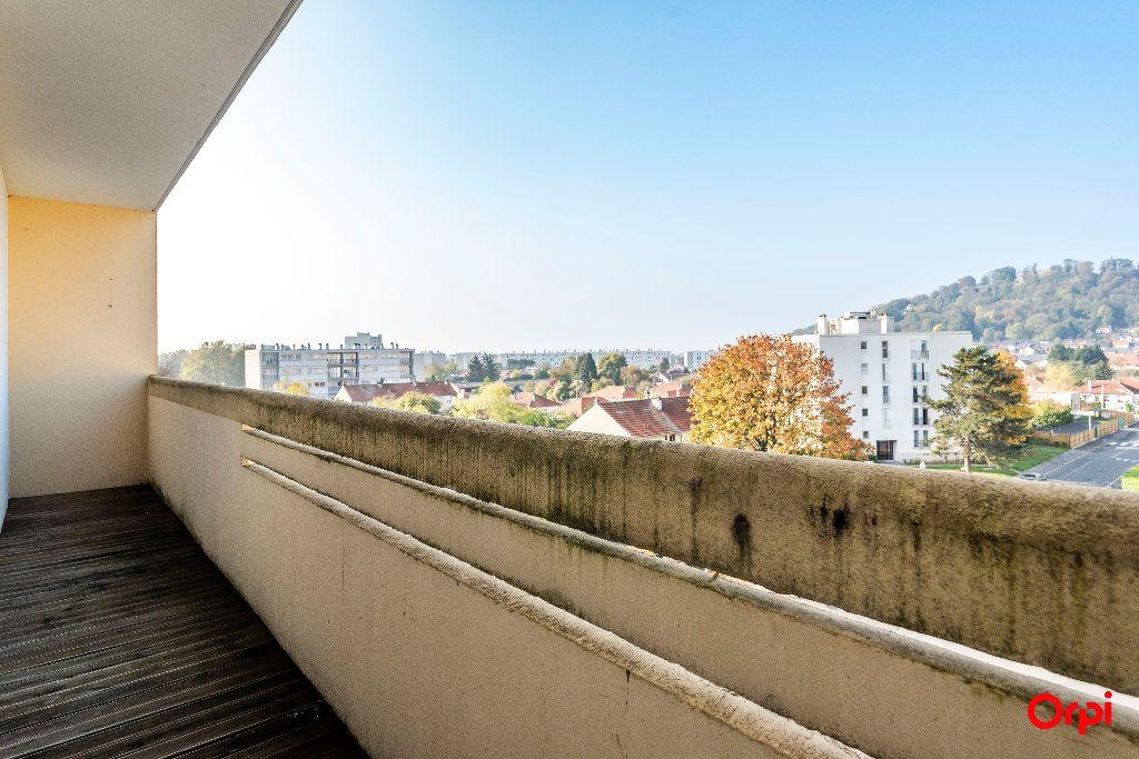 Appartement à louer 4 55m2 à Laon vignette-3