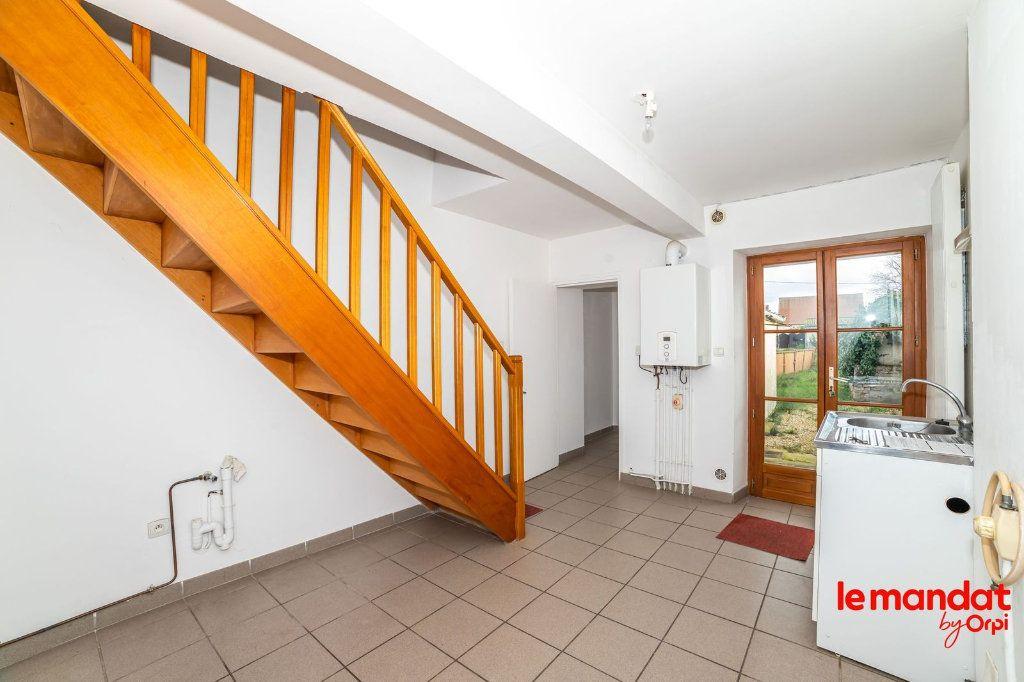 Maison à louer 3 57m2 à Liesse-Notre-Dame vignette-1