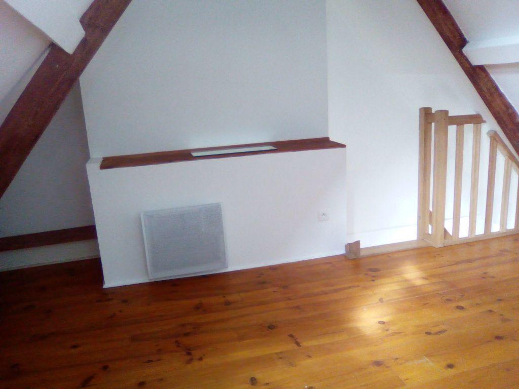 Maison à louer 2 28m2 à Marle vignette-5