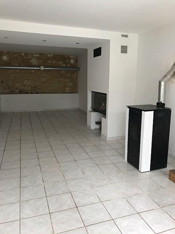 Appartement à louer 4 95m2 à Froidmont-Cohartille vignette-2