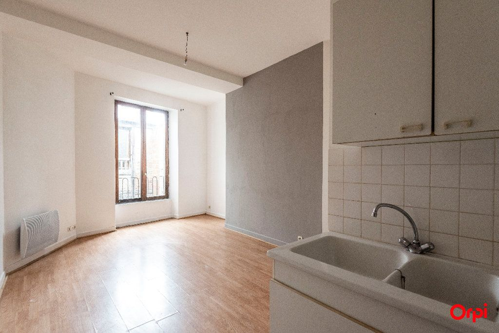 Appartement à louer 1 23m2 à Laon vignette-6