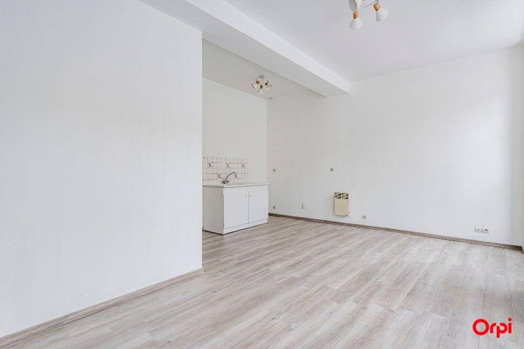 Appartement à louer 1 32m2 à Laon vignette-4
