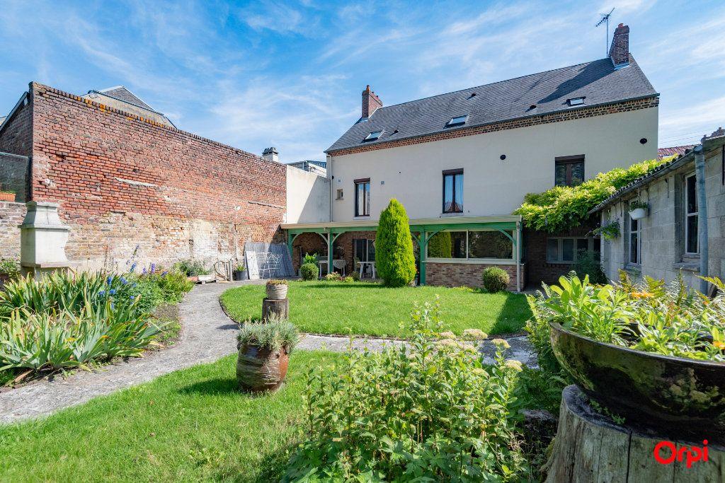Maison à vendre 7 200m2 à Laon vignette-1