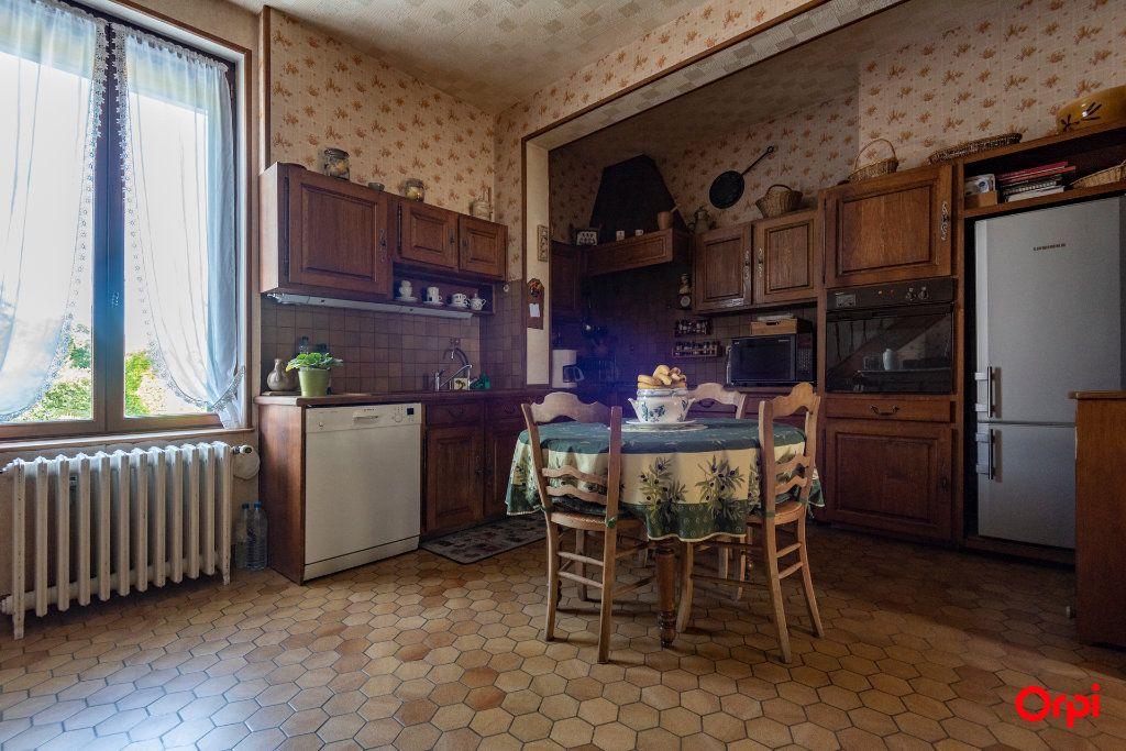 Maison à vendre 7 200m2 à Laon vignette-9