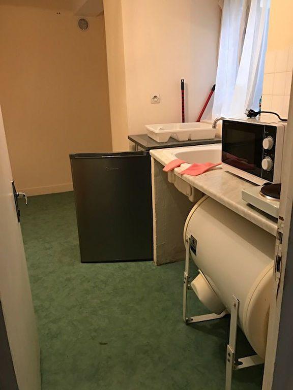 Appartement à louer 1 16m2 à Laon vignette-6