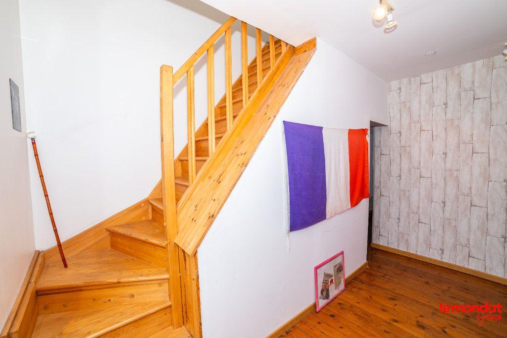 Maison à vendre 8 150m2 à Mesbrecourt-Richecourt vignette-10