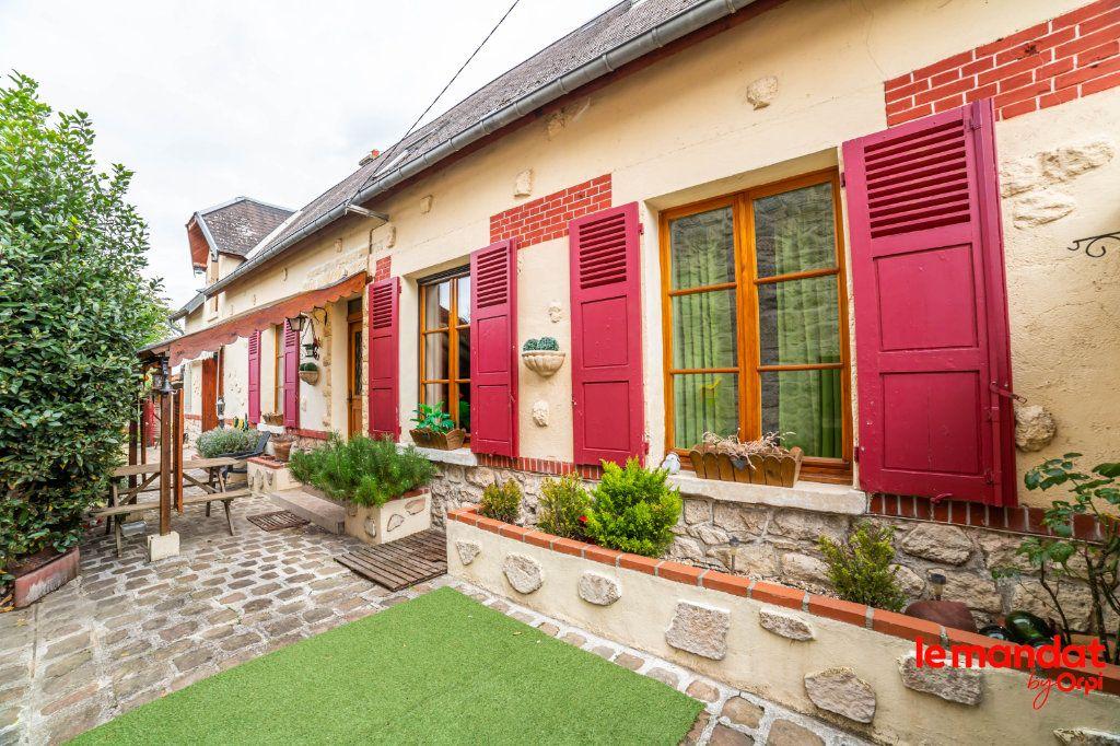 Maison à vendre 4 105m2 à Chavignon vignette-1
