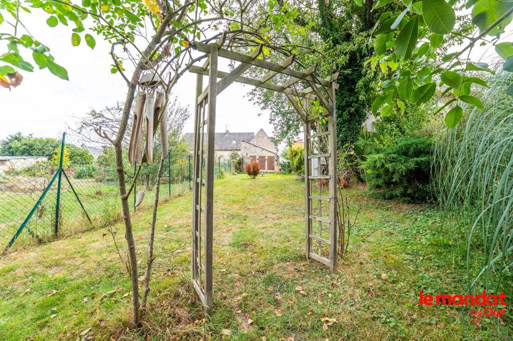 Maison à vendre 4 105m2 à Chavignon vignette-2