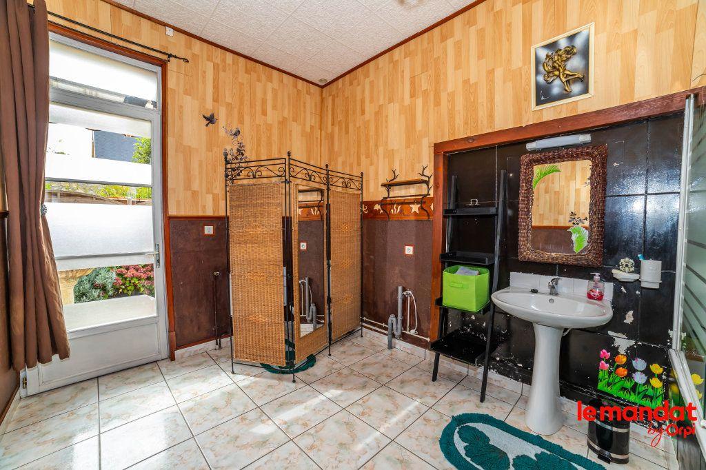 Maison à vendre 4 105m2 à Chavignon vignette-7