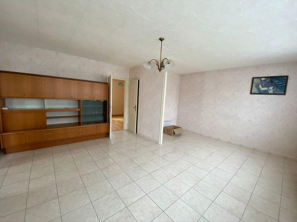 Maison à vendre 4 70m2 à Nouvion-le-Vineux vignette-4