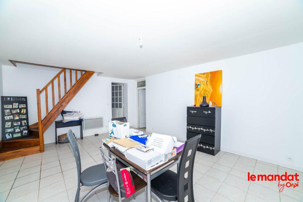 Maison à vendre 6 180m2 à Pouilly-sur-Serre vignette-3