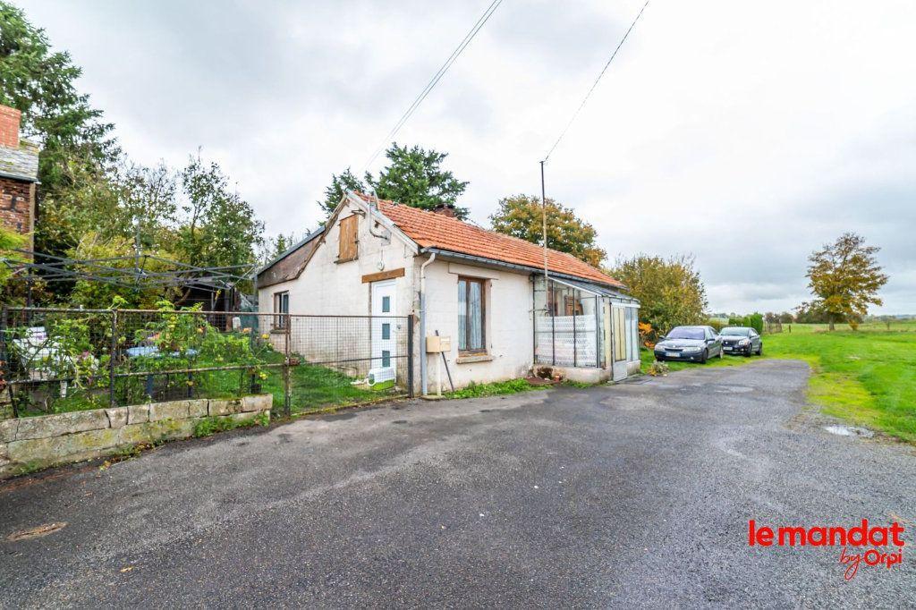 Maison à vendre 3 66m2 à Montigny-sous-Marle vignette-1