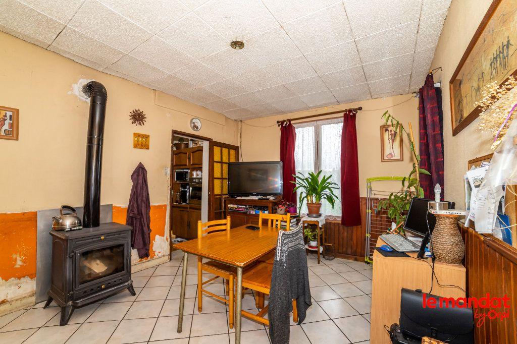 Maison à vendre 3 66m2 à Montigny-sous-Marle vignette-2
