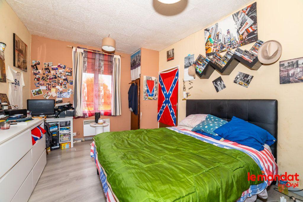 Maison à vendre 3 66m2 à Montigny-sous-Marle vignette-5