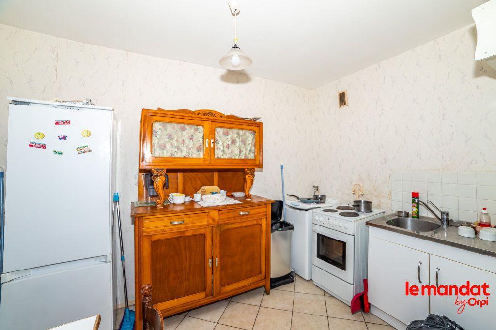 Appartement à vendre 1 33m2 à Laon vignette-3