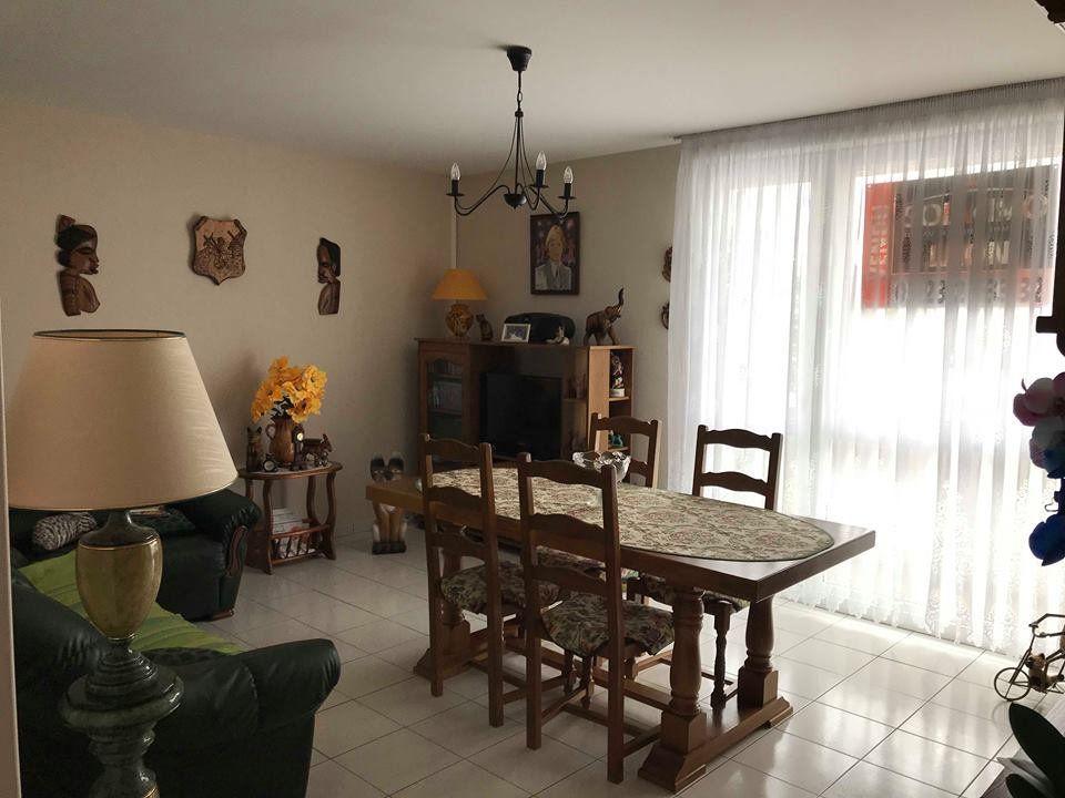 Appartement à vendre 3 58.2m2 à Laon vignette-1