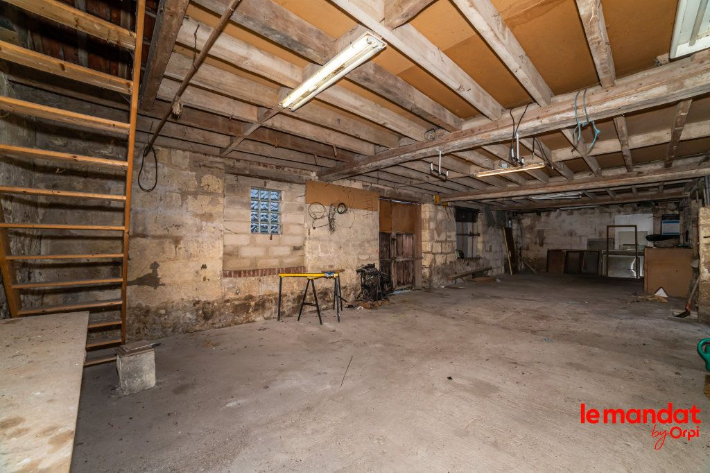 Immeuble à vendre 0 132m2 à Crépy vignette-12