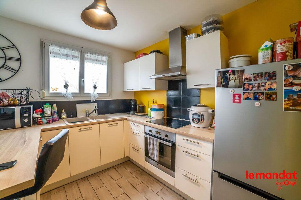 Maison à vendre 6 100m2 à Saint-Erme-Outre-et-Ramecourt vignette-3