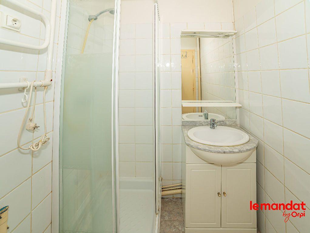 Appartement à vendre 1 32m2 à Laon vignette-4