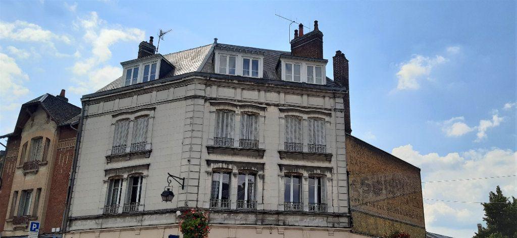 Appartement à vendre 3 63m2 à Laon vignette-1