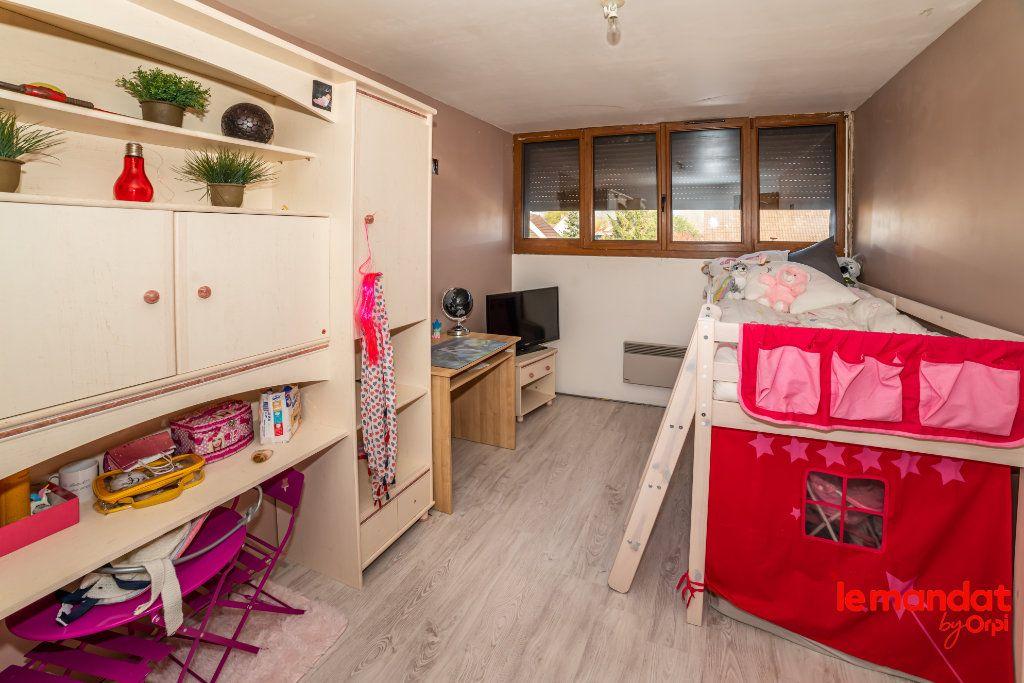 Maison à vendre 5 124m2 à Barenton-Bugny vignette-6