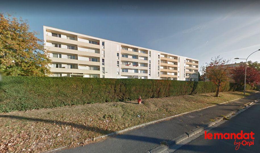 Appartement à vendre 4 68m2 à Laon vignette-1
