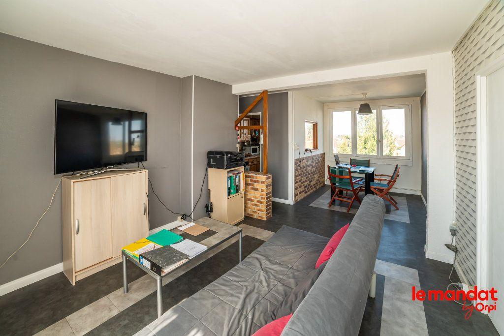 Appartement à vendre 4 51.44m2 à Laon vignette-1