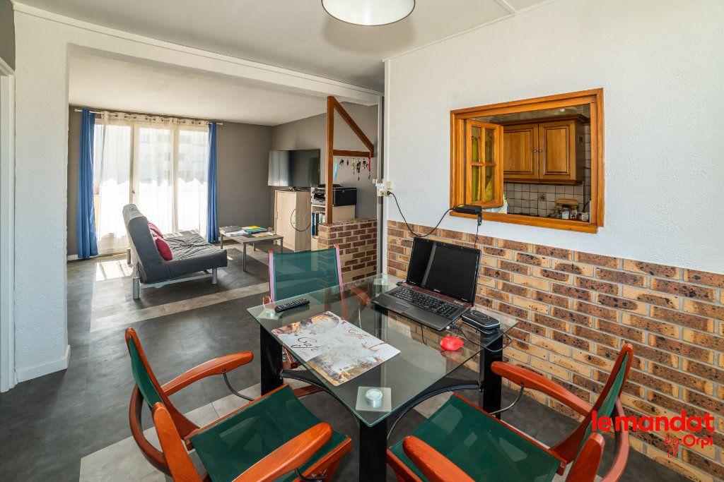 Appartement à vendre 4 51.44m2 à Laon vignette-3