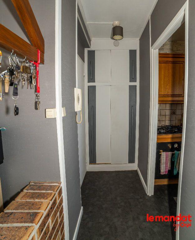 Appartement à vendre 4 51.44m2 à Laon vignette-9