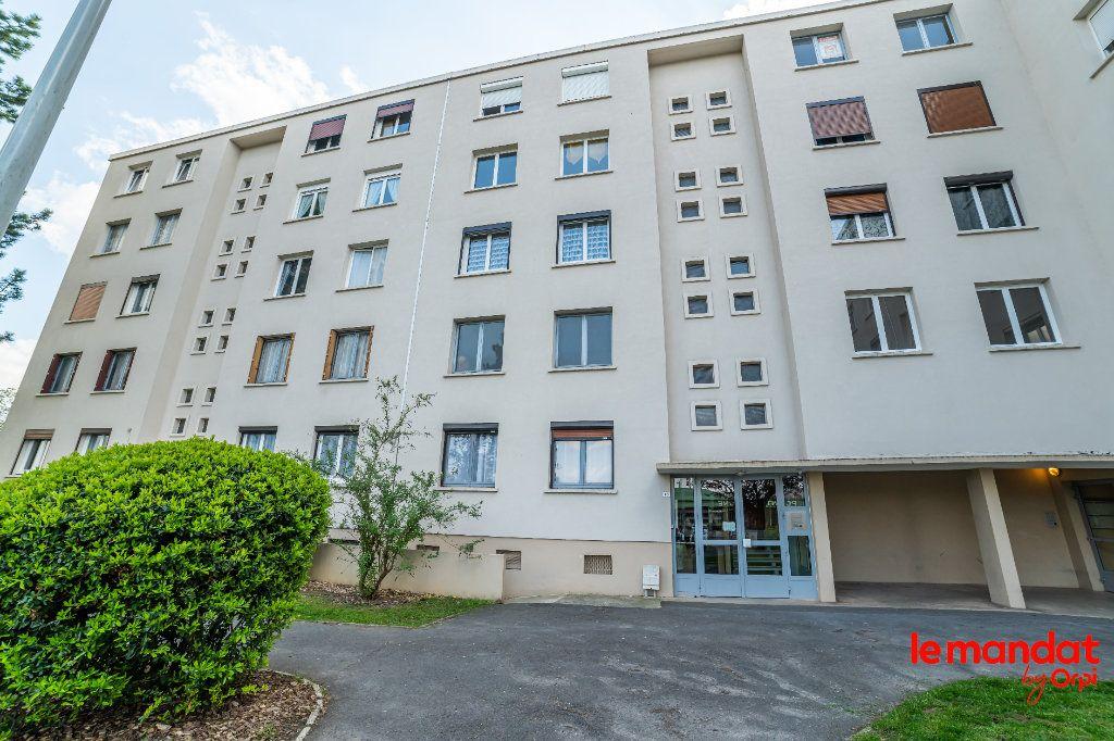 Appartement à vendre 2 43m2 à Laon vignette-1