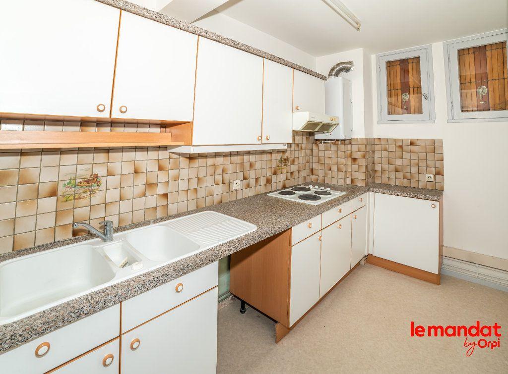 Appartement à vendre 2 43m2 à Laon vignette-3