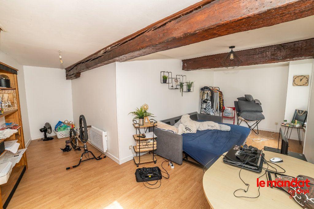 Appartement à vendre 2 47m2 à Laon vignette-1