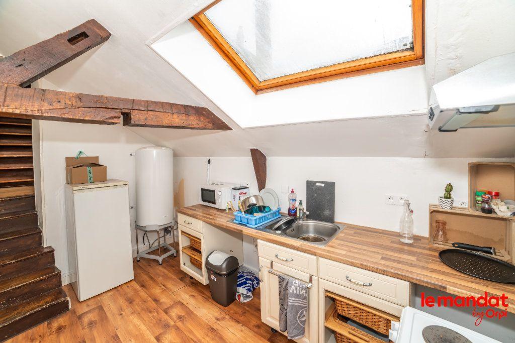Appartement à vendre 2 47m2 à Laon vignette-2